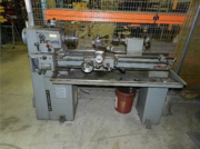 Clausing machine lathe model 5914